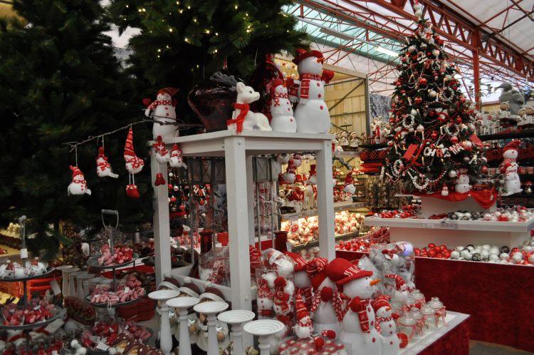 Kerstdecoraties Met Rood : Trends kerst 2012: wit bont & rood!