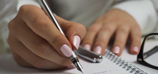 meer met pen schrijven
